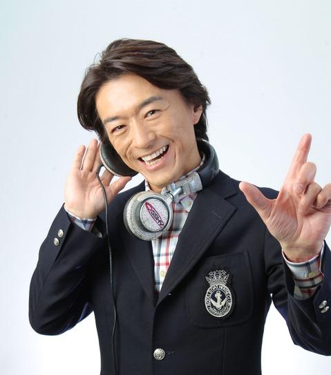 DJ OSSHYアー写1.JPG