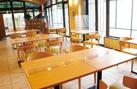 パーテーション_レストラン_テーブル02.jpg