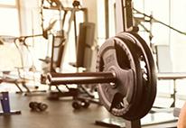 「身体を思いっきり動かして、体力作りとストレス解消」イメージ写真